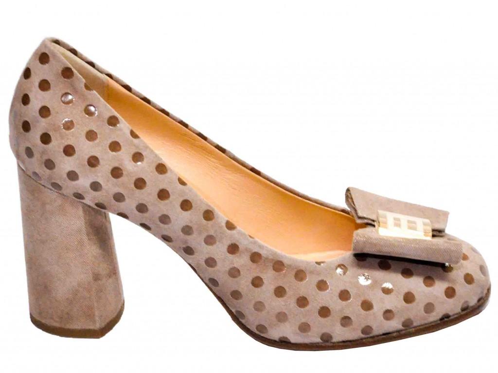Solomoda – это всегда модные и современные коллекции женской итальянской обуви, наиболее выгодные цены на женскую обувь из Италии, спешите купить по Украине женскую итальянскую обувь